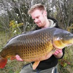 Tom Merchant 'The Big Common' 28lb 8oz Oct 2011 (5)